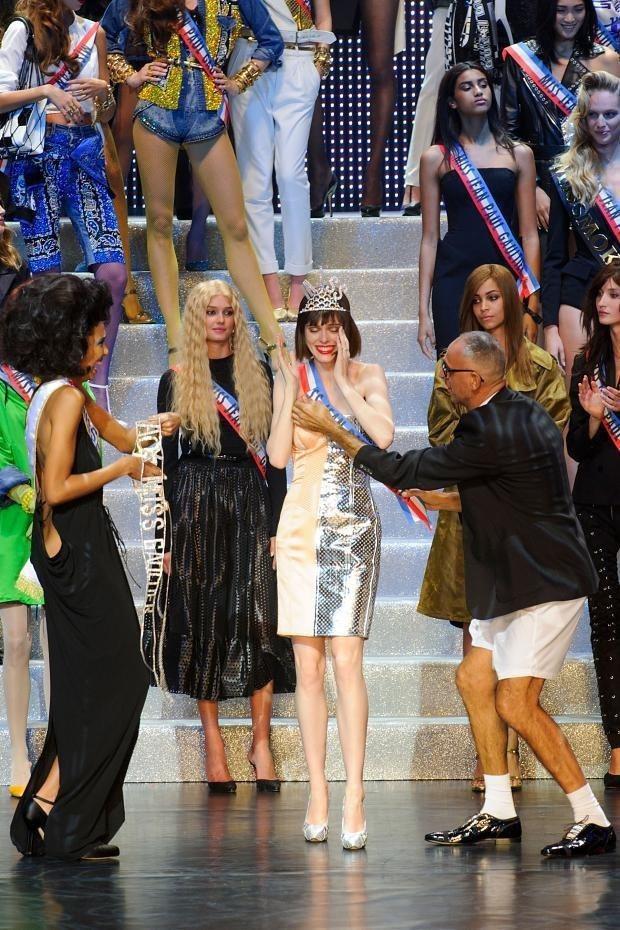 Jean Paul Gaultier最後一季成衣時裝秀,舉辦頒獎儀式,Coco ...