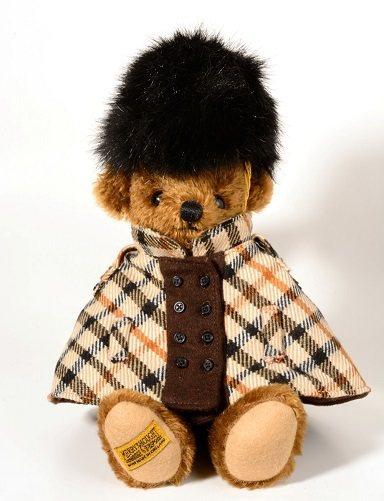 DAKS慈善義賣泰迪熊。圖/DAKS提供