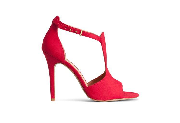 H&M新春系列露趾涼鞋。圖/ H&M提供