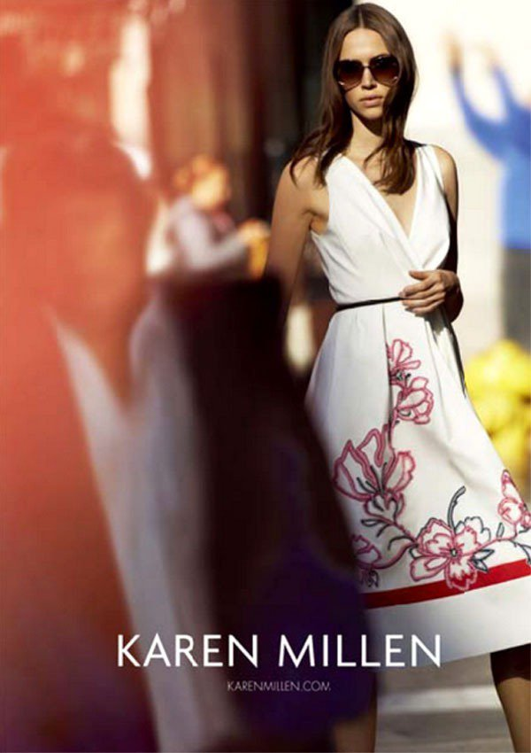 Karen Millen入駐台中新光三越,打造女性自信風範,白色襯衫、俐落九分褲...
