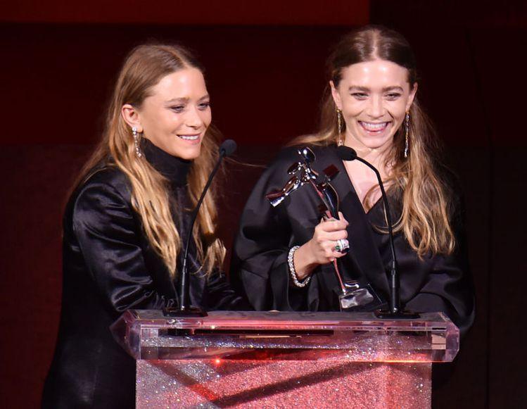 CFDA時尚大賞公布2015年得獎名單,今年最佳女裝設計師大獎再度由「The R...