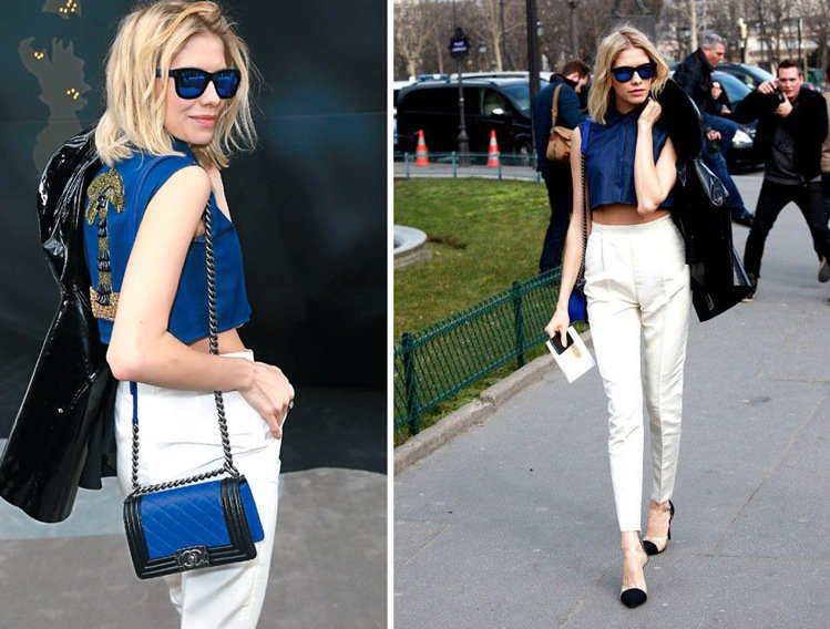 帕瑪諾娃,一身藍白露腰造型搭配同色系的 Boy Chanel 包,腳踩拼接透明跟...
