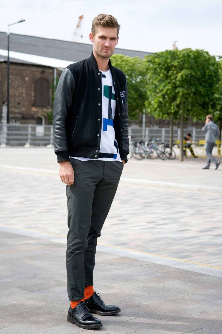 無論是紐約、巴黎或米蘭,那些時常被拍、個人風格超強的型男們,幾乎每個人都穿褲長剛...