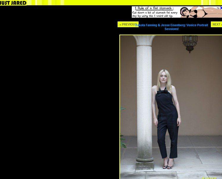 黑色Viktor & Rolf連身褲裝寬鬆的設計透著點調皮的感覺,領口處的蝴蝶結...