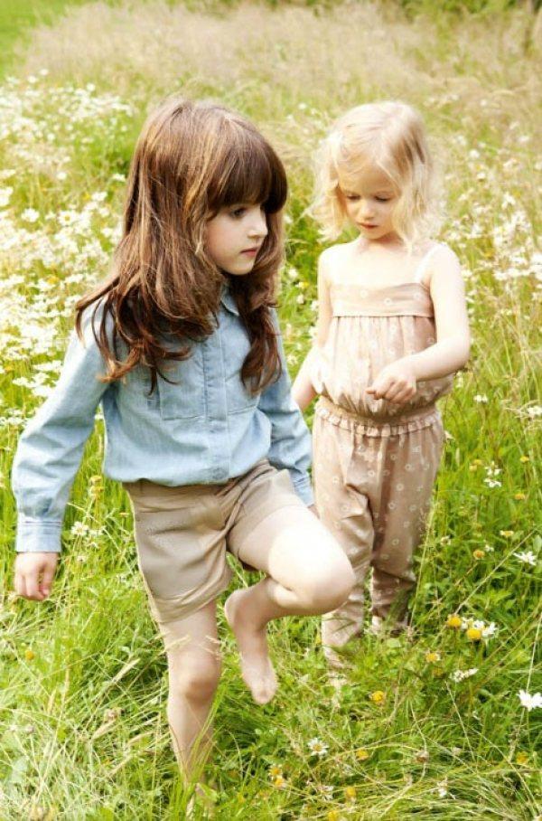 粉嫩色系穿在小孩身上看起來更可愛。圖/she.com Taiwan提供