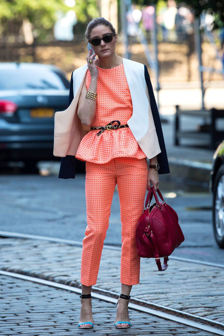 奧莉薇亞巴勒莫(Olivia Palermo)穿義大利設計師品牌 MSGM 的背...