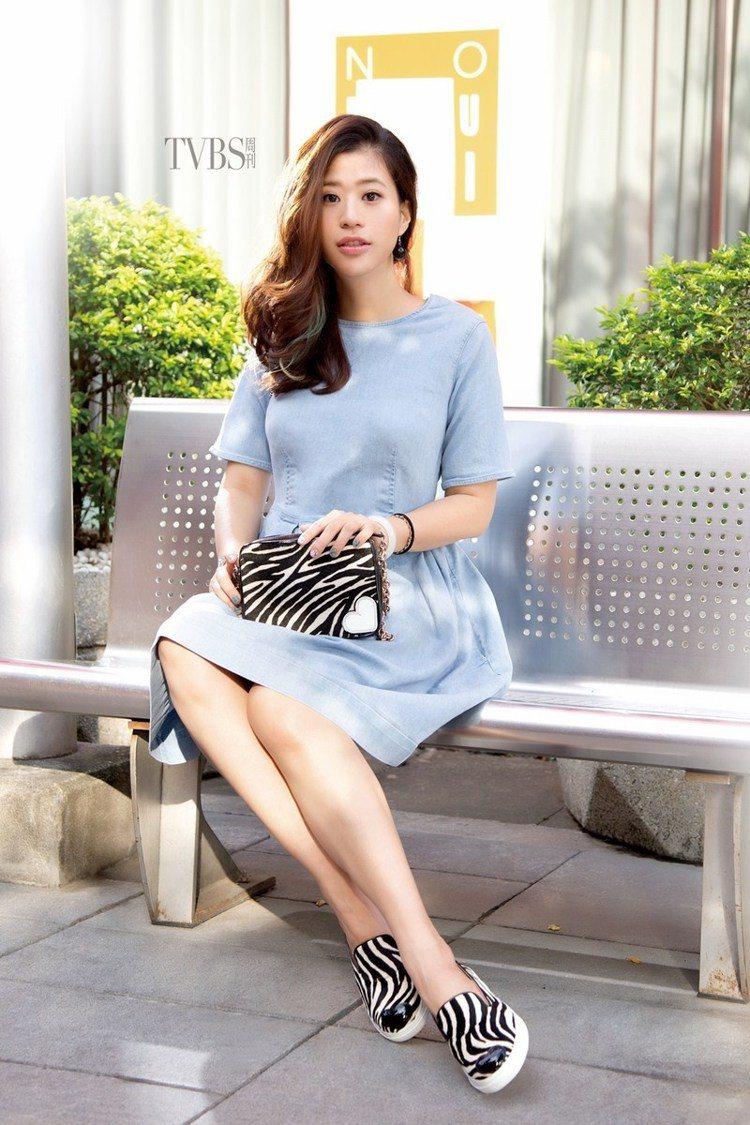 同時身兼品牌採購的小閃,更熱愛的是與大家分享她的時尚觀點。圖/TVBS周刊