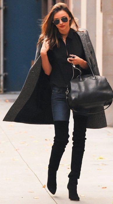 長褲以緊身款式最適合搭配過膝靴,利用包覆感勾勒腿部輪廓,創造纖長美腿效果。圖/s...