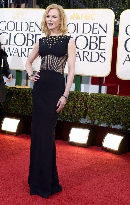 身材纖細的妮可基嫚(Nicole Kidman)穿起 Alexander McQ...