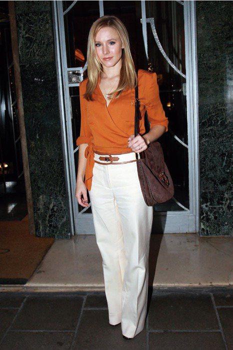 克莉絲汀貝兒前陣子也很愛穿寬管褲。圖/she.com Taiwan提供