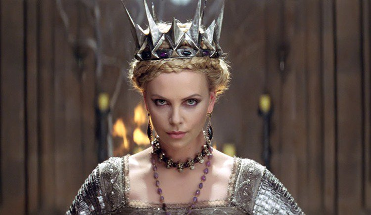 2012年電影《公主與狩獵者》,由莎莉賽隆飾演壞皇后一角。圖/美聯社