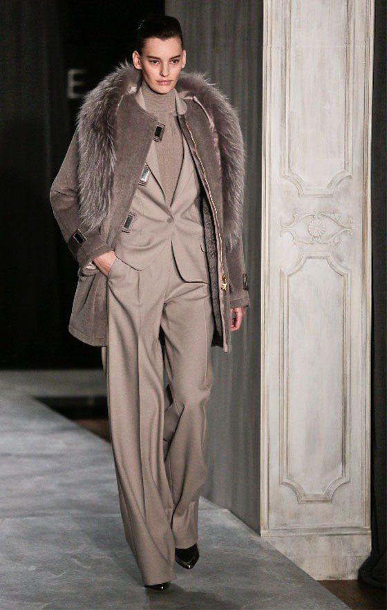 Jason Wu 用輕盈的西裝布料打造柔滑舒適的寬版褲。圖/美聯社
