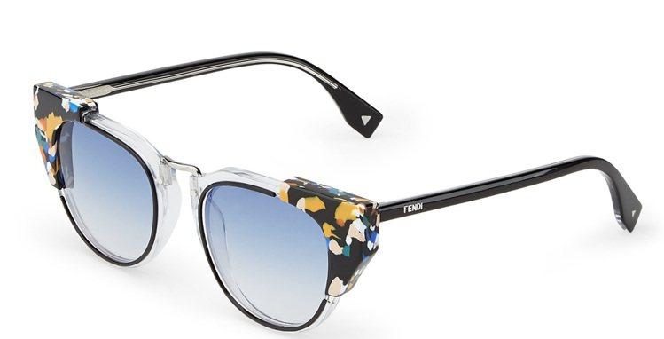 Fendi黑色潑漆鏡架太陽眼鏡,15,990元。圖/Fendi提供