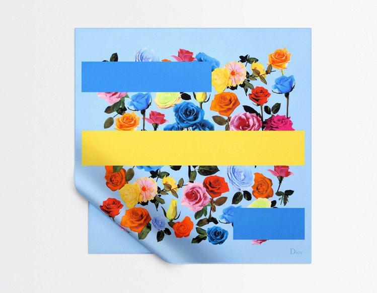 DIOR玫瑰印花絲巾,8,400元。圖/Dior提供