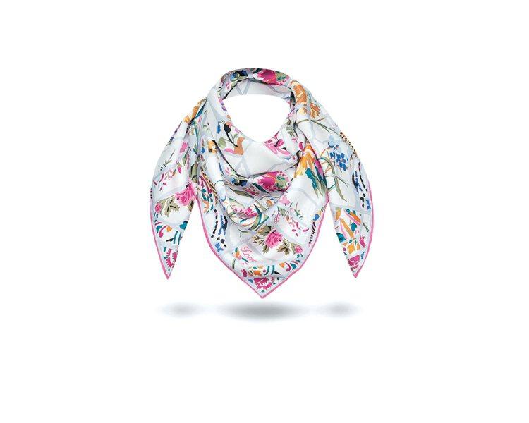 LOEWE桃紅拼接花紋絲巾,13,000元。圖/LOEWE提供