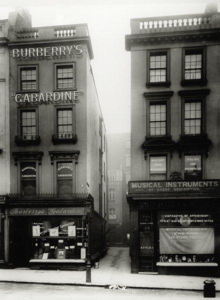 Burberry在1891年在倫敦Haymarket街開設第一家店。圖/Burb...