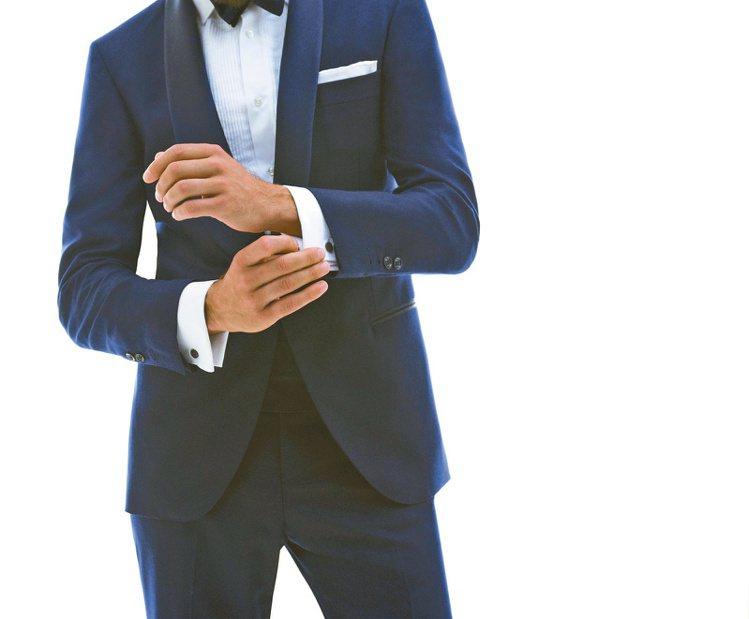 使用袖扣讓你看起來更像個成功人士。圖/業者提供