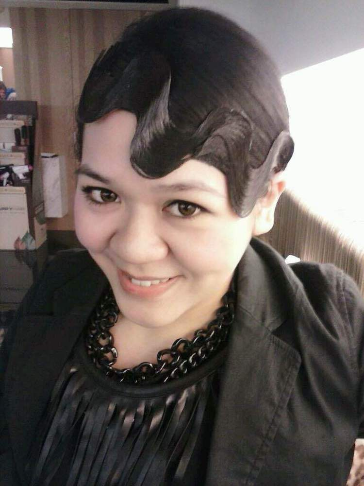 復古油頭趴,體驗夢寐以求的二○年代指推波紋髮型。圖/Amanda提供