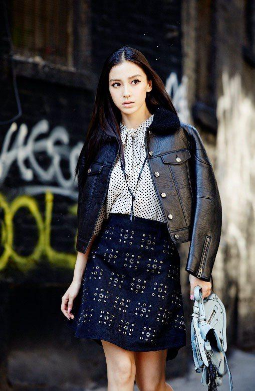 Angelababy出席COACH紐約時尚周,展現2015春裝。圖/COACH提...