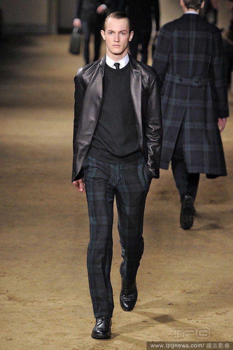 Corneliani為「不介意穿著過於正式,但仍希望保有俐落風格」的男性,設計優...