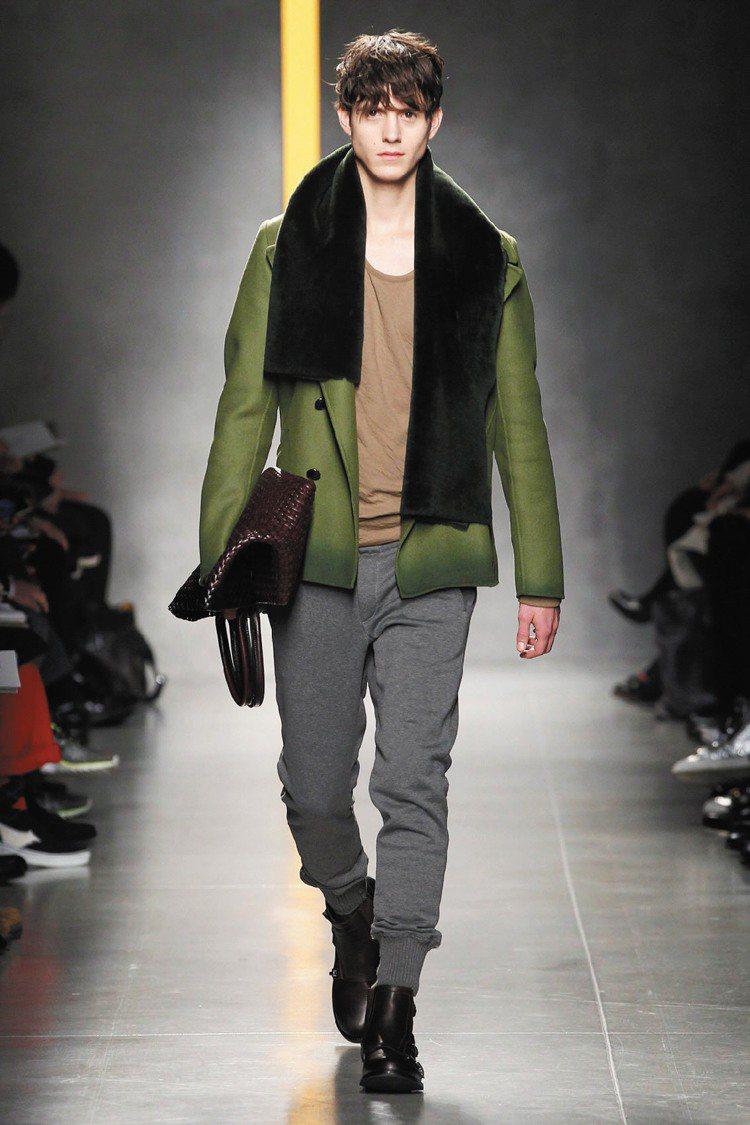 BOTTEGA VENETA秋冬男裝推出束口褲,堪稱本季亮眼單品。圖/BV提供