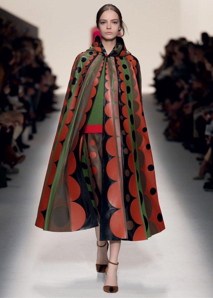 2014 秋冬,設計師 Maria Grazia Chiuri 與 Pierpa...