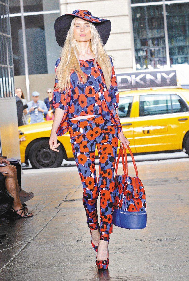 DKNY新裝,彷若專為紐約女性打造。圖/美聯社