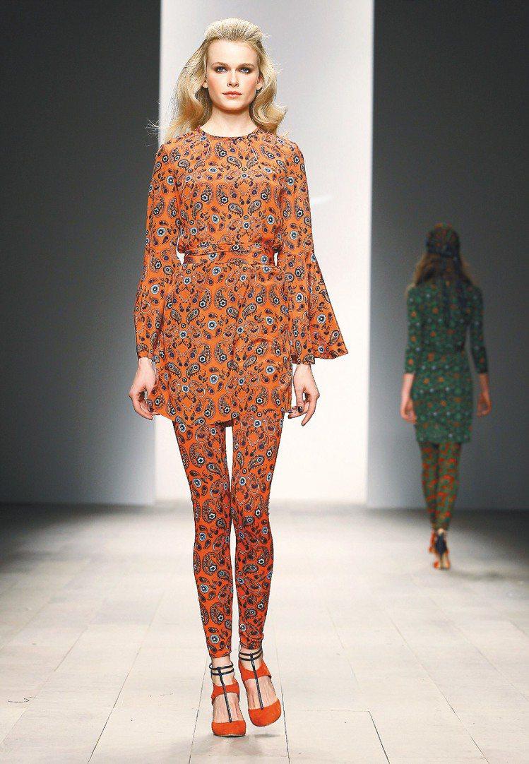 Issa利用色彩繽紛的印花布料打造秋冬新裝。圖/美聯社