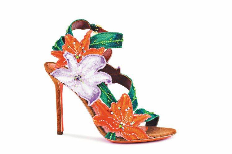 sergio rossi橘色貼印水仙花搭配水晶刺繡緞面高跟涼鞋,價格店洽。圖/s...