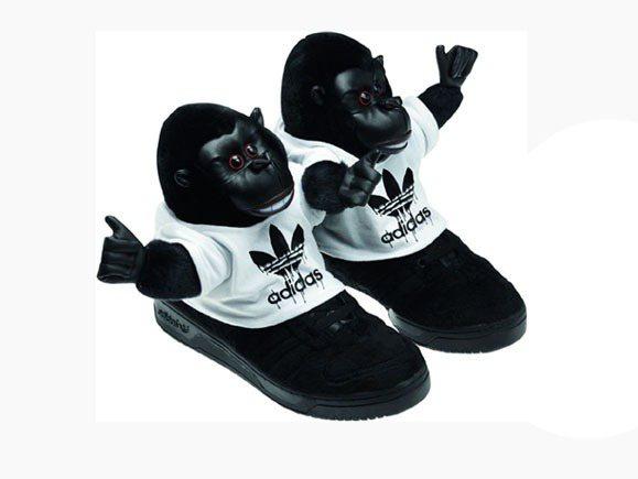 adidas Originals 推出與Jeremy Scott聯名鞋款繼小熊、...