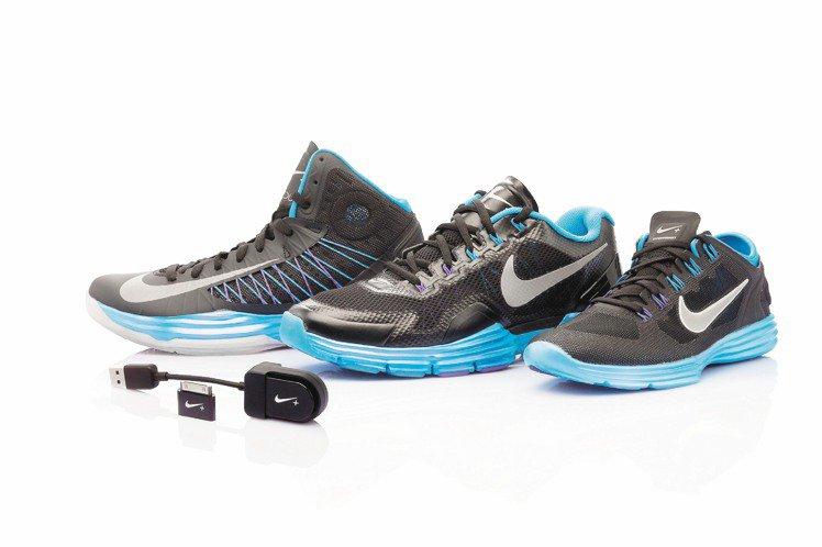 Nike+ Basketball與Nike+ Training監測系統融入鞋款設...