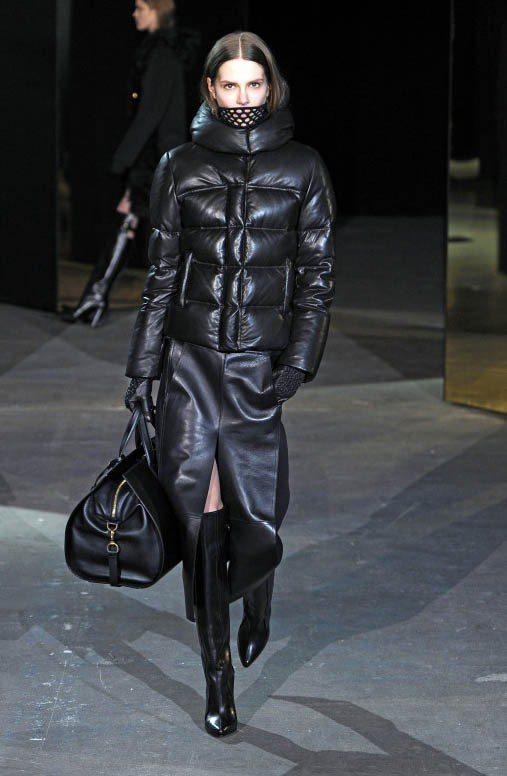 Alexander Wang秋冬尖長靴帥氣有女人味。圖/達志影像