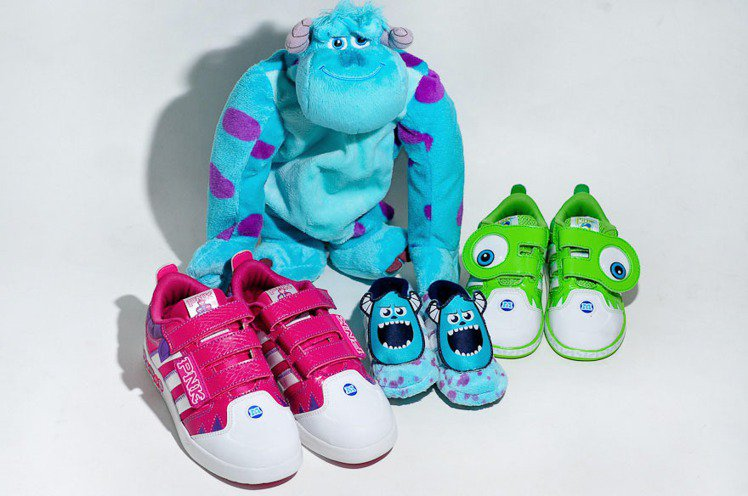 adidas聯名迪士尼電影怪獸大學,推出各類角色童鞋,極為可愛。圖/adidas...