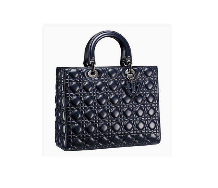 Lady Dior黑色小羊皮製手提包,15萬元。圖/Dior提供