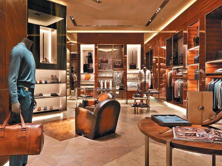 有著「世界上最貴的手工鞋履」美名的法國精品Berluti,今年進駐台北101開設...