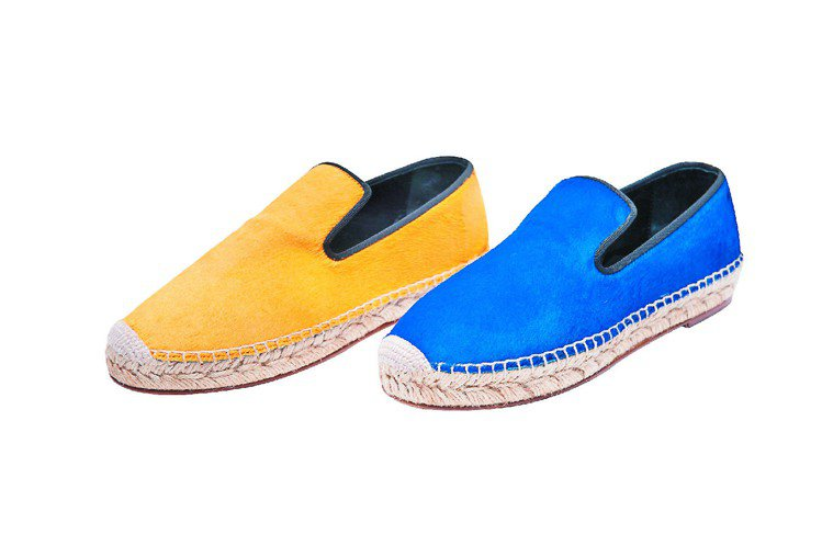ESPADRILLE馬毛休閒鞋,各19,500元。圖/CELINE提供