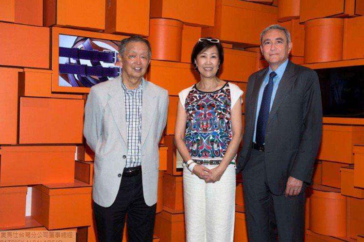 (左起)博幼社會福利基金會董事長李家同先生、愛馬仕台灣分公司董事總經理程家鳳女士...