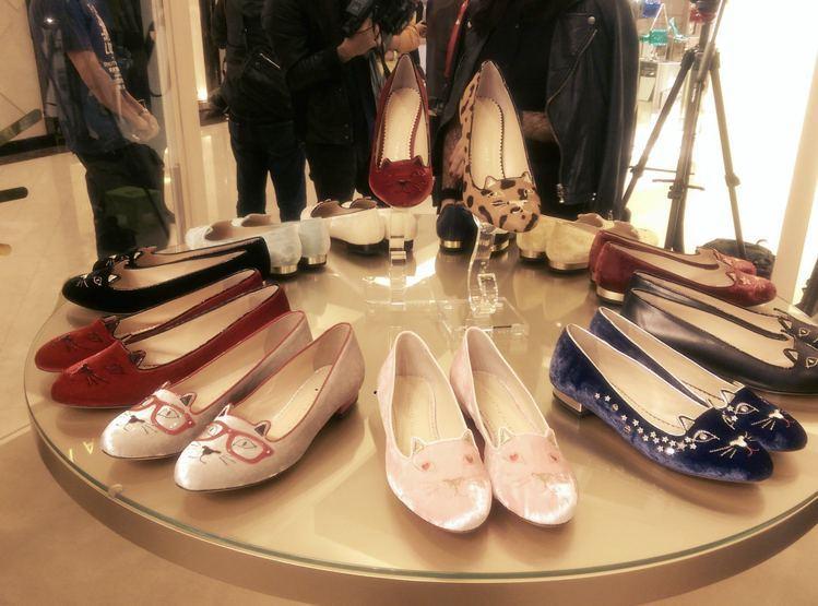 英國鞋履品牌 Charlotte Olympia 近日於台北微風廣場一樓設立快閃...