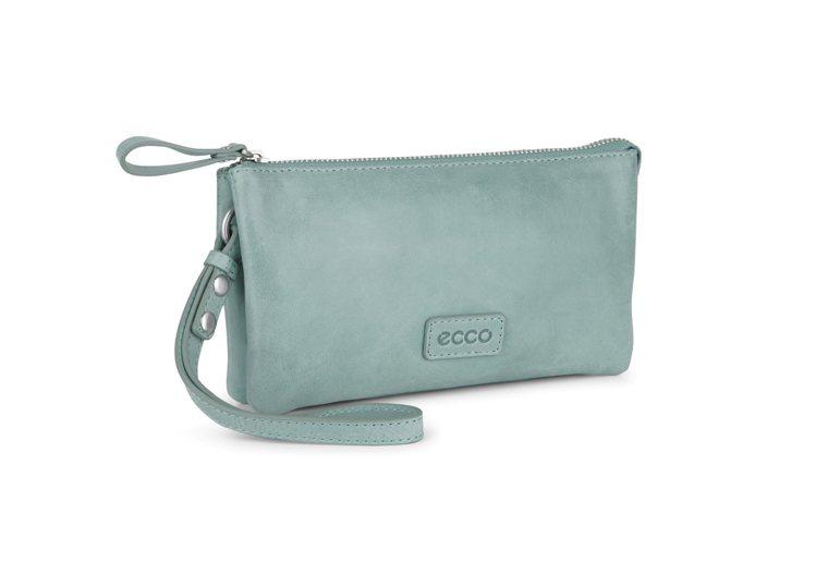 ECCO BARRA CLUTCH WALLET,5,380元。圖/ECCO提供