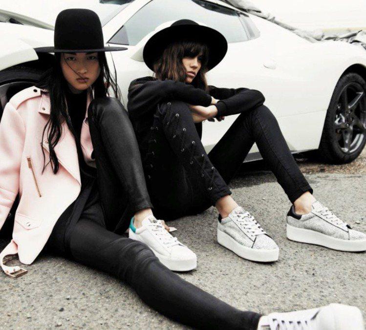 厚底鞋風潮延燒,不分男女都愛上增高的感覺。圖/ASH提供