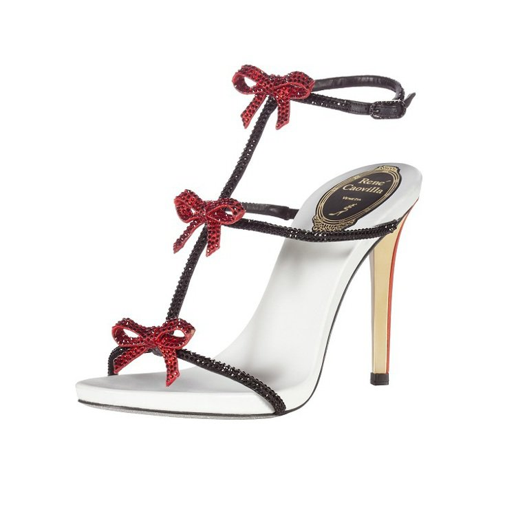 RENE CAOVILLA(瑞尼‧卡維拉)小領結造型高跟鞋。圖/RENE CAO...