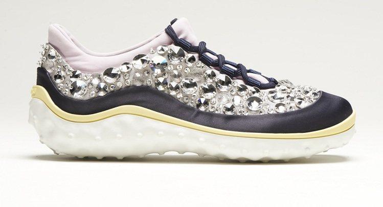 Miu Miu Astro Running星際慢跑鞋,51500元。圖/Miu ...