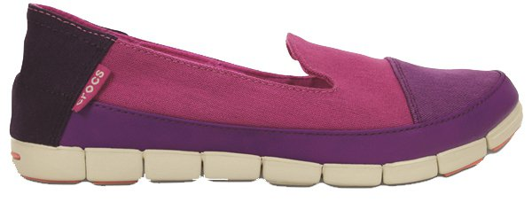 Crocs女士舒躍奇絲琦鞋,2,980元。圖/Crocs提供