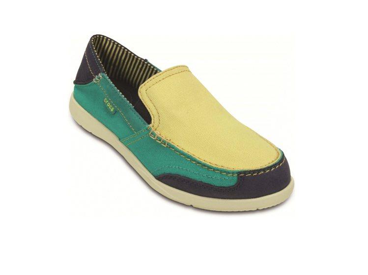 Crocs 風尚女士沃爾盧(黃) NT 2,180。圖/卡駱馳提供