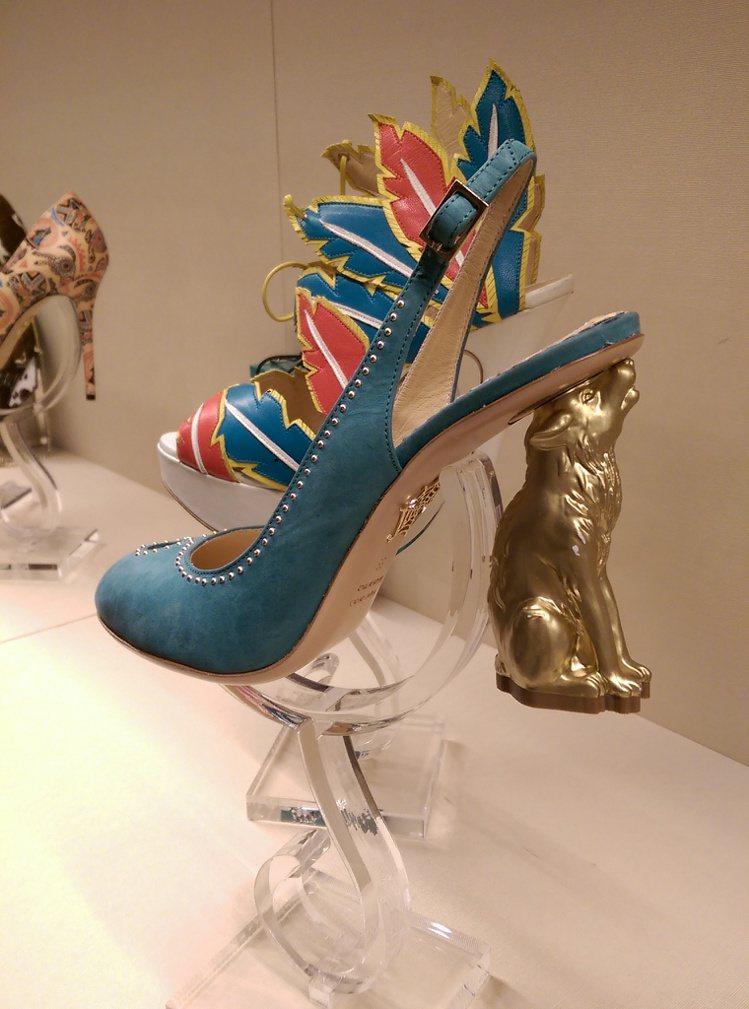 狼嚎鞋跟非常可愛。記者吳曉涵/攝影