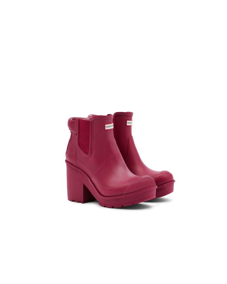 梅雨季將至,雨靴推新款高跟系列,雨中更美麗。圖/嵥傑國際提供