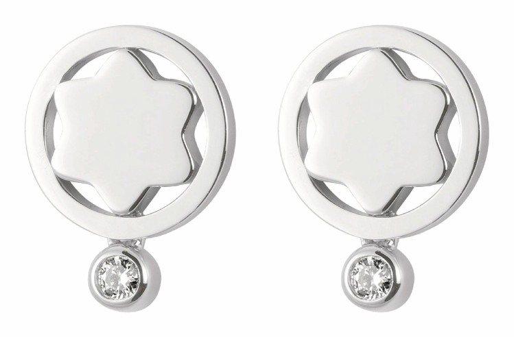 關穎配戴的4810系列,18K白金鑲鑽耳環,5萬2,600元。圖/萬寶龍提供