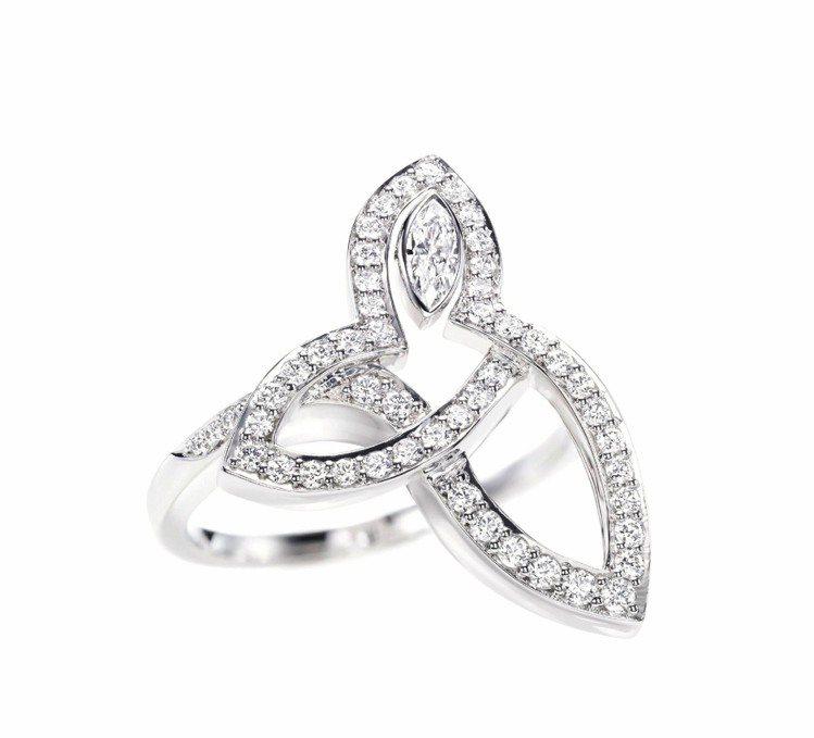 舒淇配戴的Lily Cluster系列鑽戒,22萬6,000元。圖/海瑞溫斯頓提...