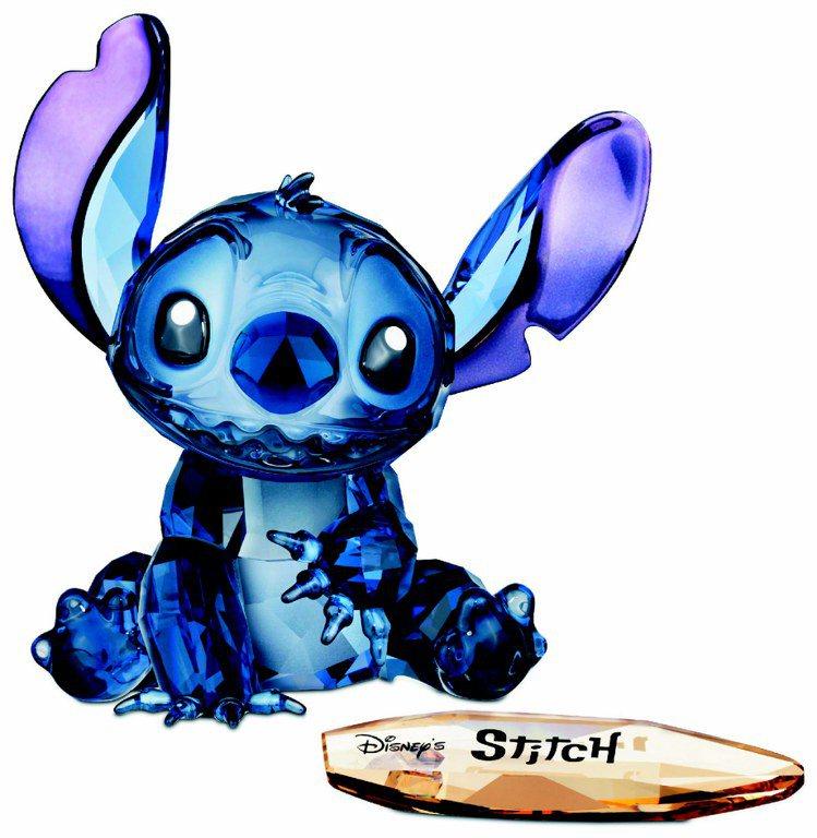 史迪奇限量發行擺件,採用藍色銀彩切割水晶,11,000元。圖/施華洛世奇提供