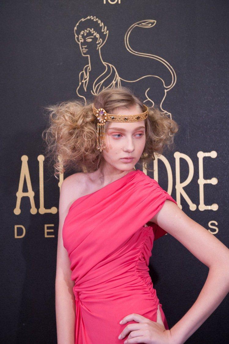 Alexandre de Paris亞歷山卓發表2013年秋冬Style lie...